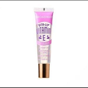 Vitamin E Clear Lip Gloss
